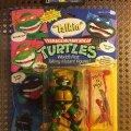"Talkin' Raphael - ""Totally Awesome!"" & ""Rock 'n Roll!"" | Teenage Mutant Ninja Turtles (World's First Talking Mutant Figures!) - Playmates Toys 1991 фото-1"