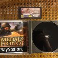 Medal of Honor (PS1) (PAL) (б/у) фото-3